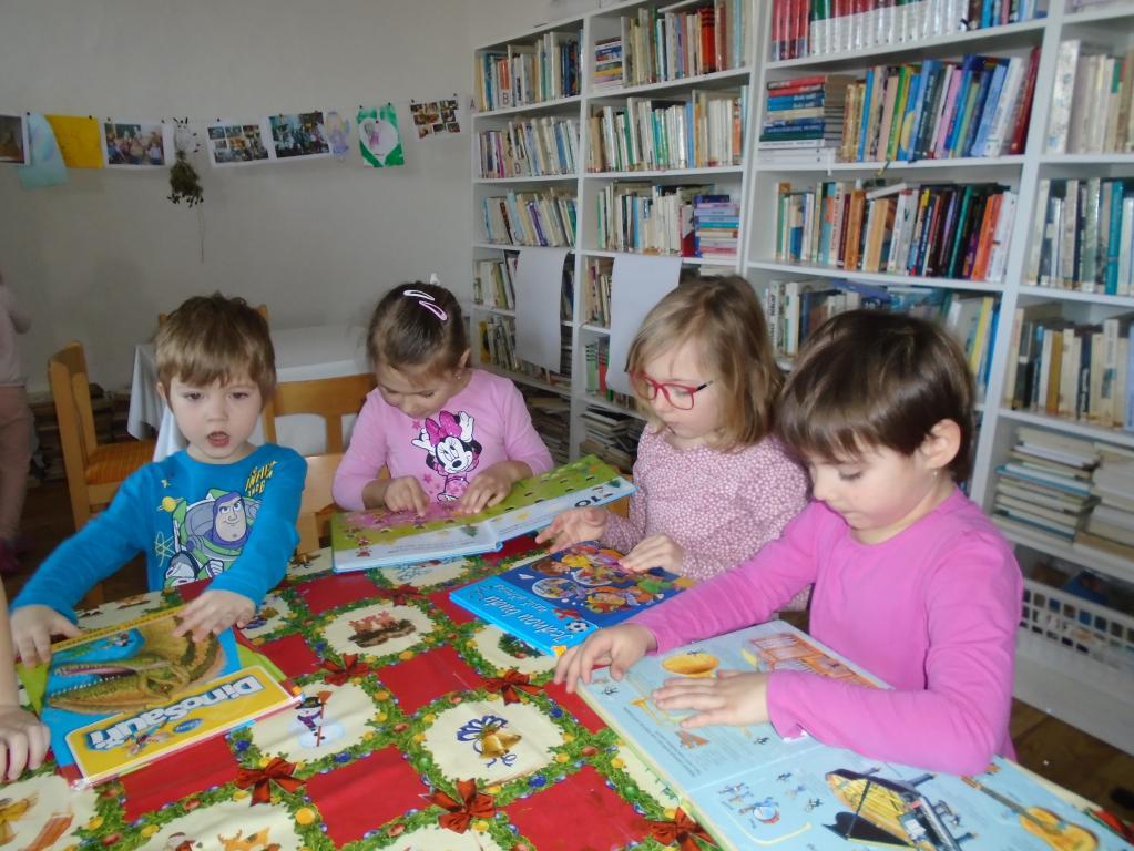Návštěva knihovny ve Vážanech nad Litavou
